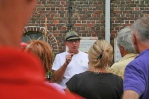Paul Lectures at Beirkreek