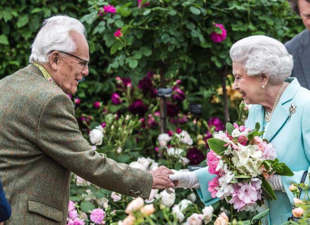 Greeting Queen Elizabeth at Chelsea 2016 on her 90th birthday